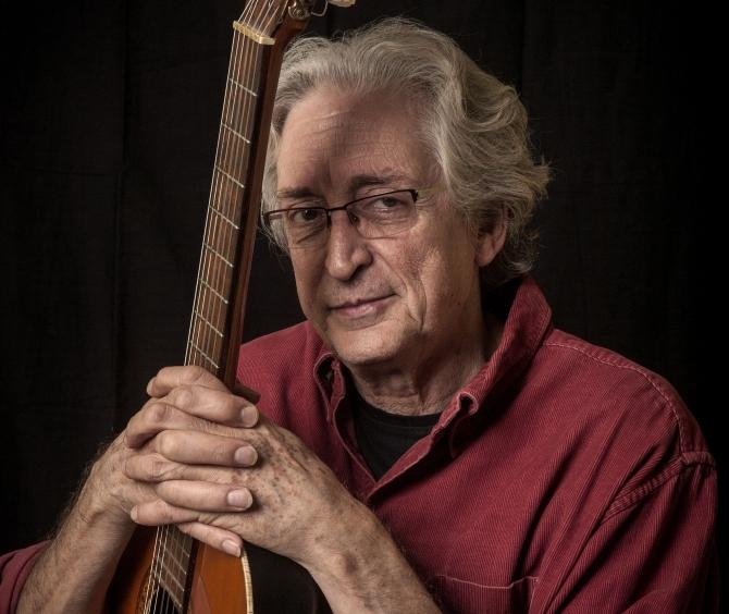 Mor el cantant, compositor i folklorista Jordi Fàbregas